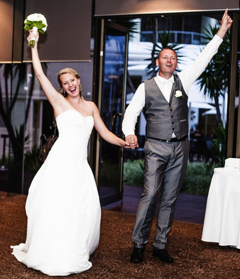 Wedding Grand Entrance Song: Bridal Party Entrance Songs To Reception