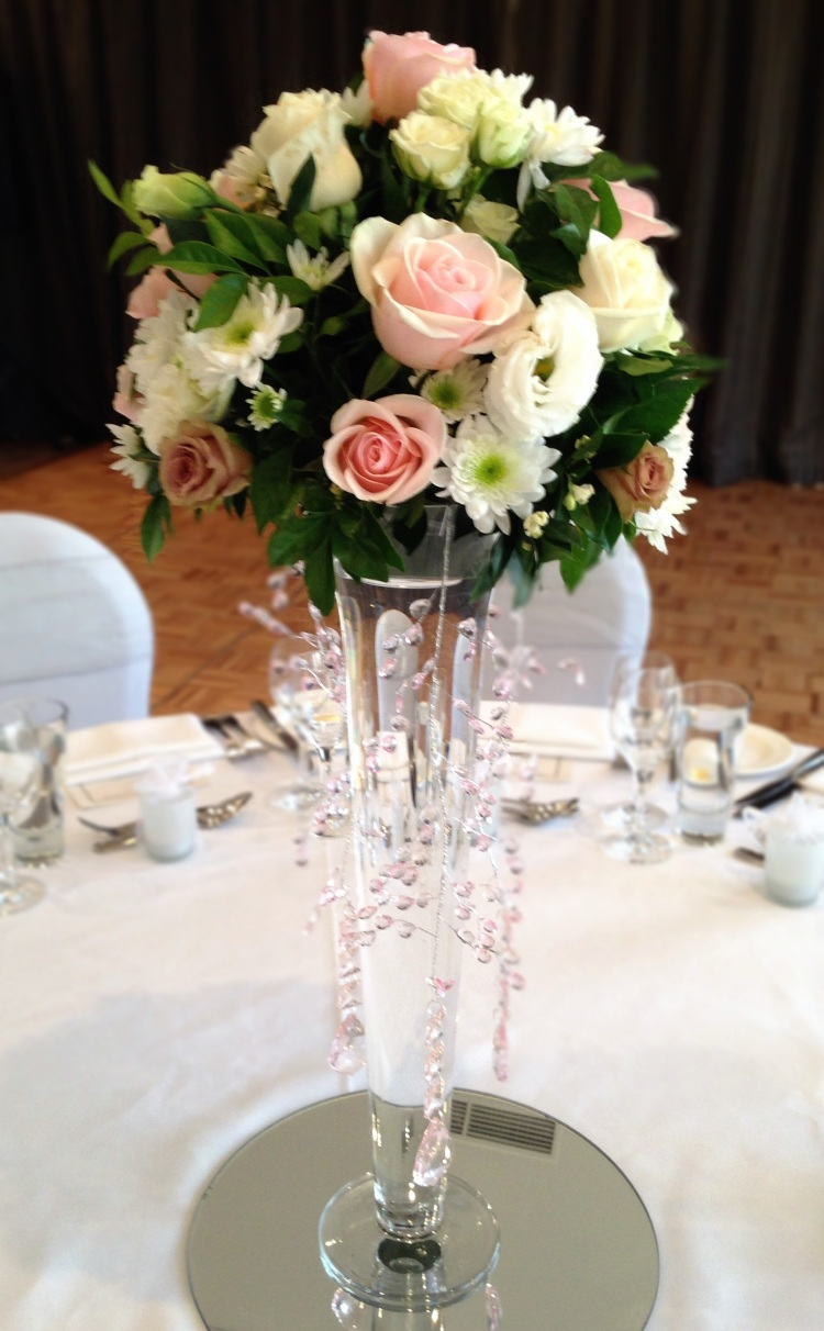 Sofitel-Gold-Coast-Broadbeach-Wedding-Reception-Centre-Piece-Roses-Pink-2