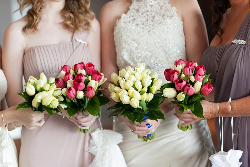 Bride and Bridesmaids Flowers Bouquet