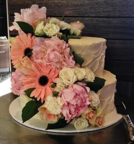 Wedding Cake Cascading Flowers